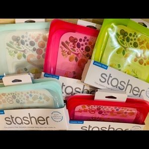 Stashers-3 sandwich & 2 snacks reusable bags